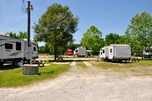 The site of the two RV Gypsies at Whitney Lane RV Park.